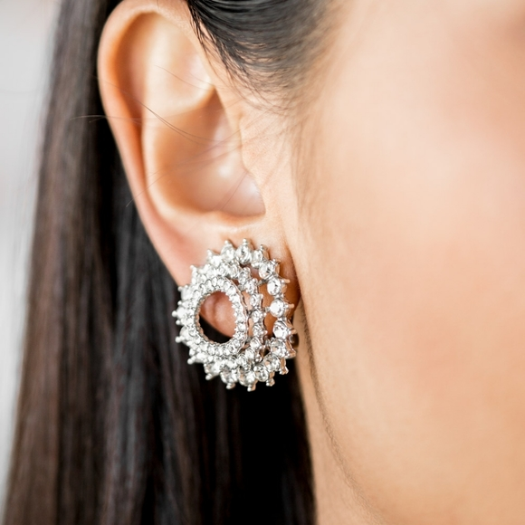 Paparazzi Accessorie Silver Stud Earring